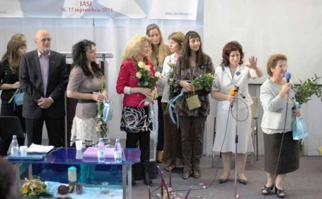08-norway_team-women_conf_2011_2